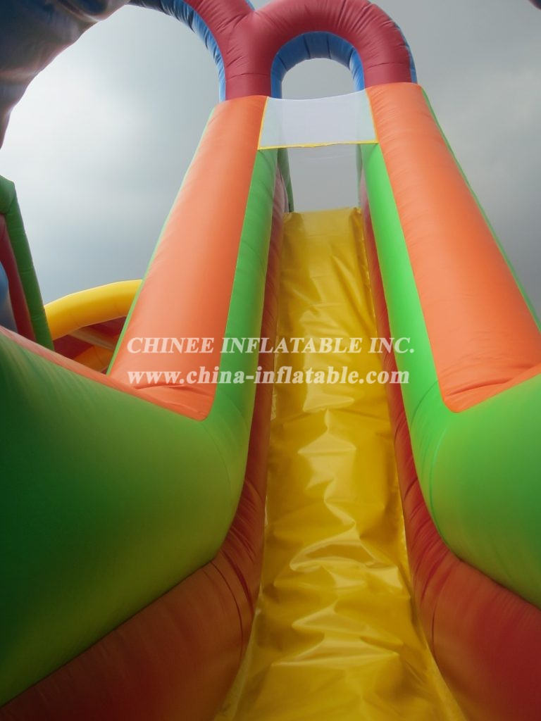 T8-1065 Inflatable Slide