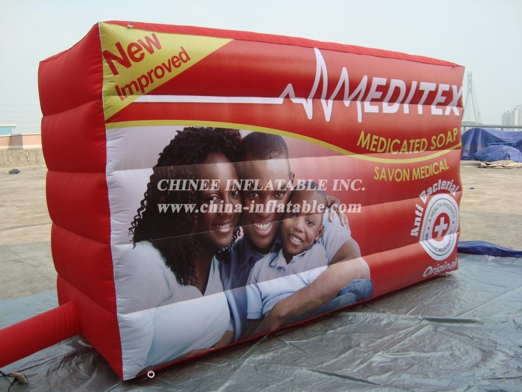 S4-171   Advertising inflatable