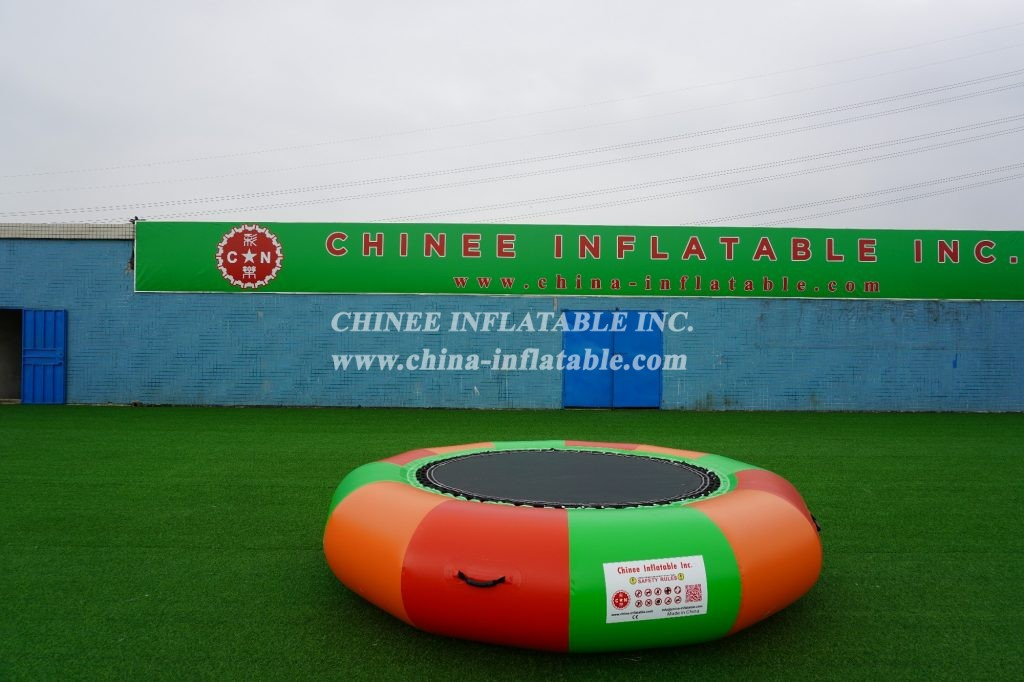 T10-140 Inflatable  Water Trampoline