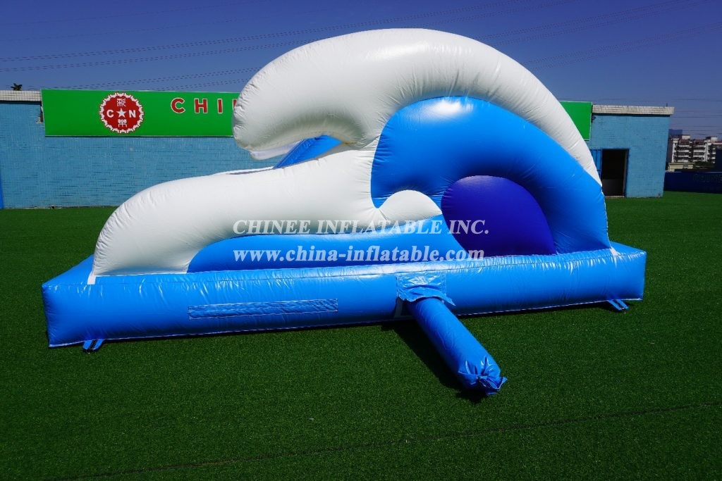 T11-560 Inflatabe pool slide