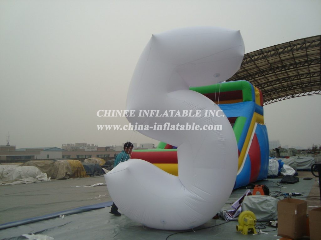 S4-218   Advertising Inflatable