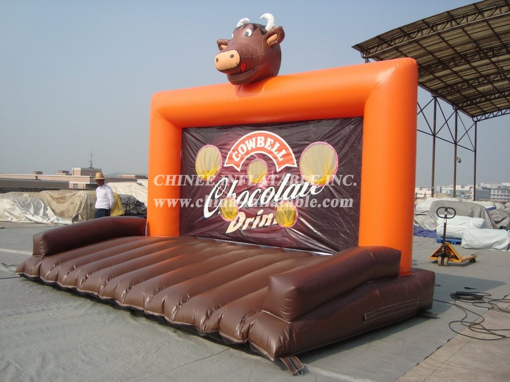 T11-1081 Inflatable Sports