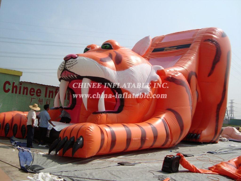 T8-277   Tiger slide