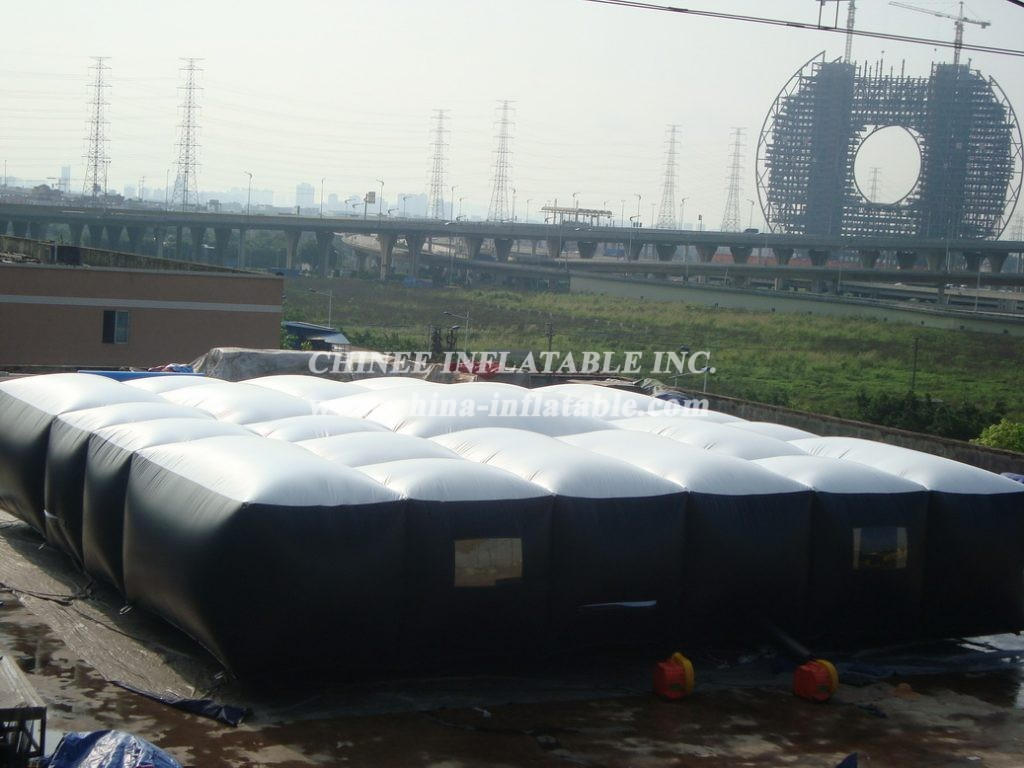 T11-933 Inflatable Sports
