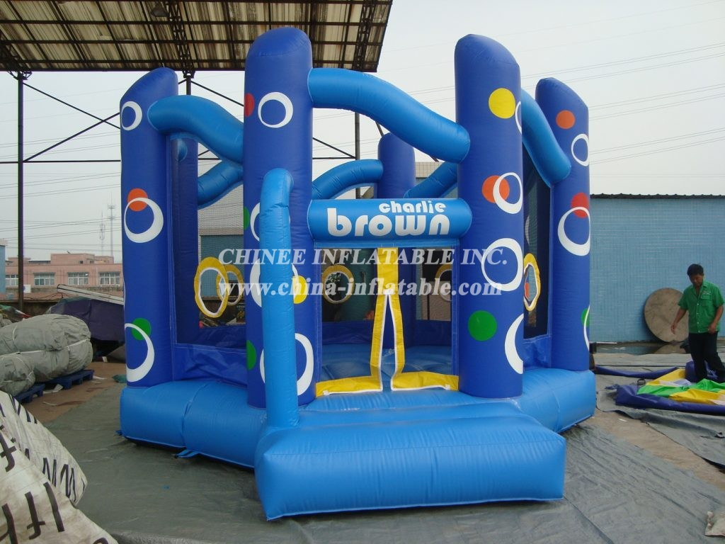 T2-1377 Inflatable Bouncer