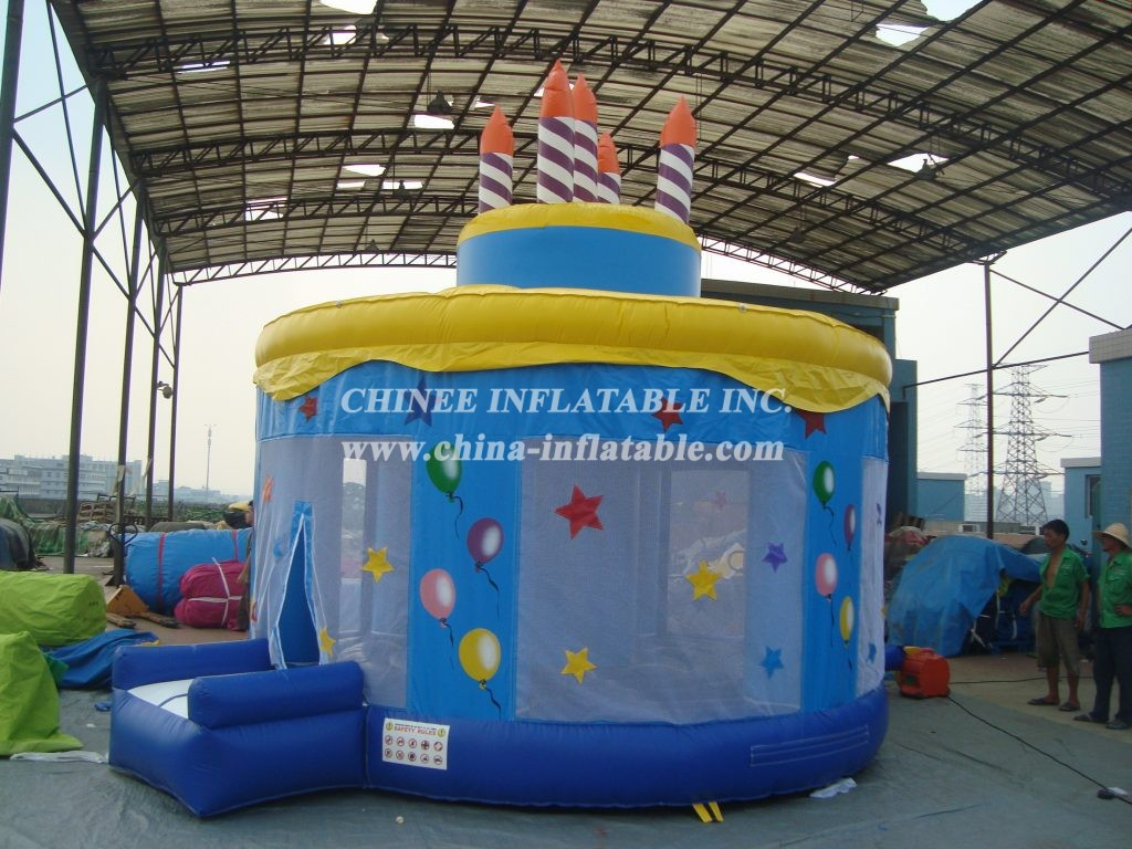 T2-320 inflatable bouncer