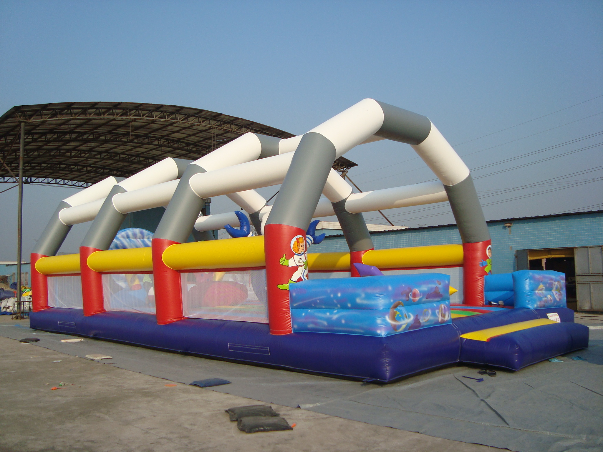 T2-730 inflatable spaceman bouncer