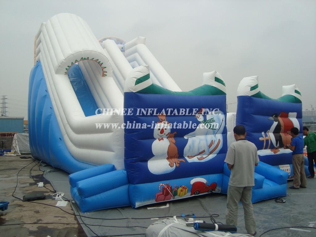 T8-690 Inflatable Slide