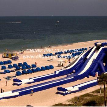 T8-1527 Inflatable slide