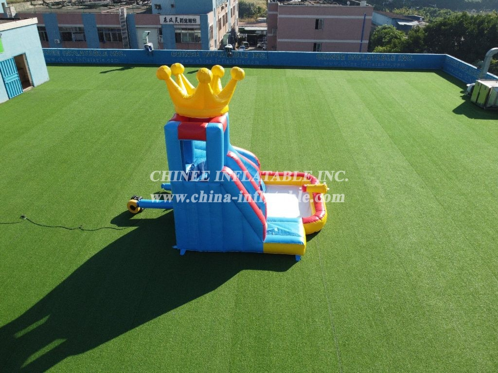 T8-1334 PVC  trampoline outdoor kids pool water slide combo with crown on top